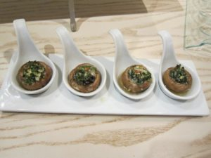 snails-with-mushrooms